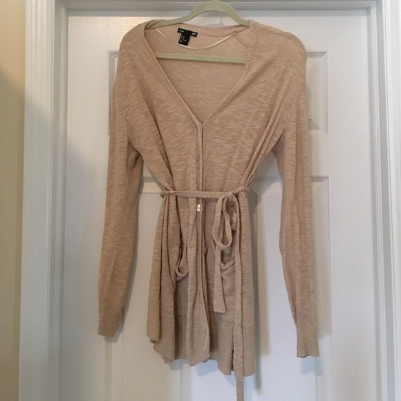 Maternity cardigan with belt. Great light weight maternity cardigan with tie belt.  Tiny hole on back most likely from a pull in fabric.  See picture.  Bundle for a discount! H&M Sweaters Cardigans