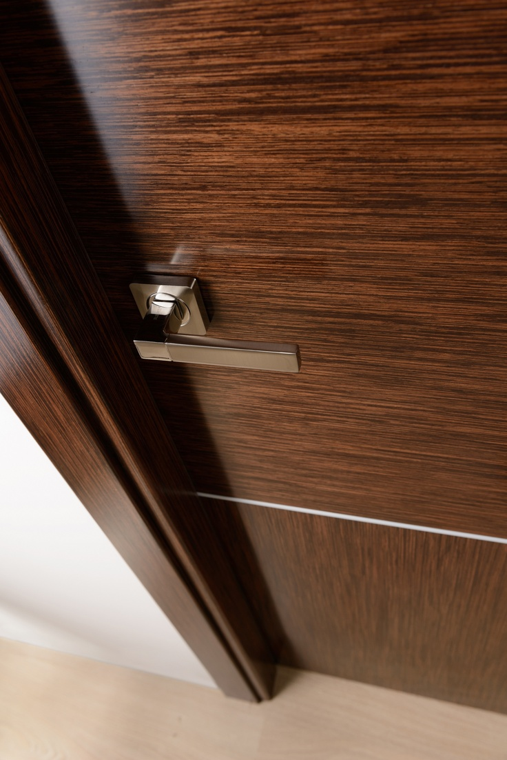 Arazzinni astra vetro interior door wenge lacewood wood for Wood veneer interior doors