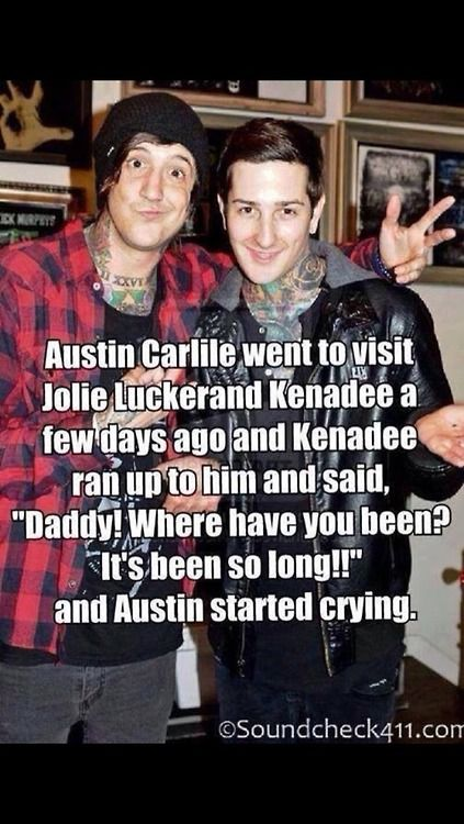 (Austin Carlile) R.I.P. Mitch Lucker awwww :( this breaks my heart </3