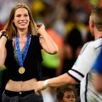 Los alemanes y sus novias de campeonato mundial.