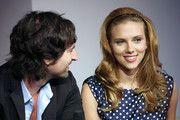 Scarlett Johansson and Pete Yorn
