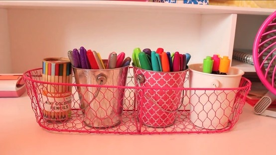 $2.50 wired baskets from #target that you can fill with mini buckets to keep supplies (makers, sharpies, pens, pencils, scissors, etc.) organized and ready to use on your desk. #macbarbie07