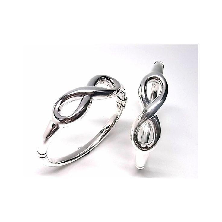 Pulsera de plata de primera ley lisa estilo brazalete con motivo de infinito
