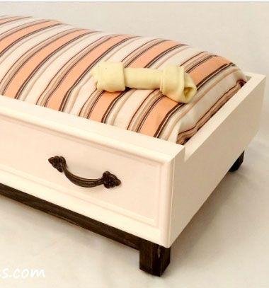 DIY dog bed from a recycled drawer (or from wood) - free plan // Kutya vagy cica fekhely régi fa fiókból - újrahasznosítás // Mindy - craft tutorial collection // #crafts #DIY #craftTutorial #tutorial #CraftsForPets