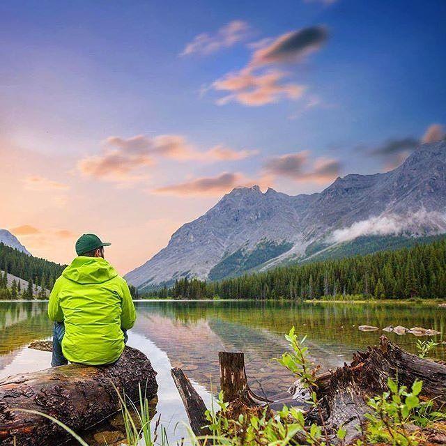 """The earth has music for those who listen."" –William Shakespeare  #quote #outdoorsisfree  #wanderlust #outdoorslife #outdoorshoot #outdoorsisfree #outdoorstyle #outdoorsession #outdoorsman #wanderlusters #exploretheworld #hikingwithfriends #hikinglife #hikingtrip #hikingday #hikingadventure #hikingworldwide #hikingculture #hiking4fun #hikingtime #hikingphotography #campinglife #campingofficial #campingvibes #campingtime #campingweekend #campingfun #campingstyle #campinglife #campingliv"