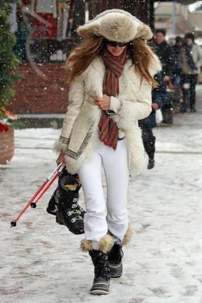 elle-mcpherson-ski-style-via-vogue