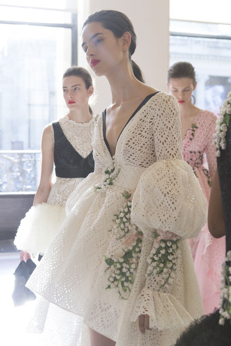 Giambattista Valli Fall 2017 Couture Fashion Show Backstage, Runway, Couture Collections at TheImpression.com - Fashion news, street style, models, backstage, accessories, and more