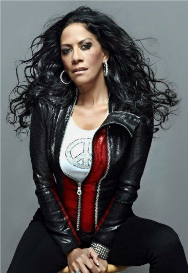 Happy Birthday Sheila E! Born Sheila Escovedo, known to us as Sheila E, she is a Grammy nominated singer, drummer, and percussionist whose notable collaborations includes Lionel Richie, Prince, Rin…