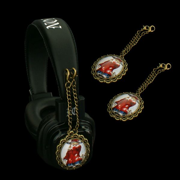 Headphones with attachable pendants - Limited edition:  http://noddders.com/product/retro-unique-headphones/  #subculture #gothic #noddders #retro #vintage #comics #dark #creepy #girl #anime #cartoon #pendants #alternative #underground #collection #collectibles #style #stylish #headphones