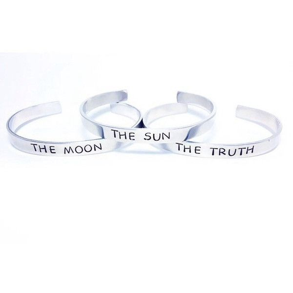 The Sun, The Moon, The Truth Teen Wolf Bracelet Set ($25) ❤ liked on Polyvore featuring jewelry, bracelets, metal bangles, wolf jewelry, metal jewelry and green jewelry