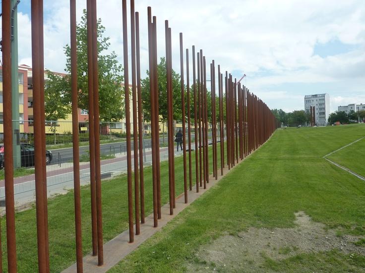 berlijn...monument bij de bernauerstrasse