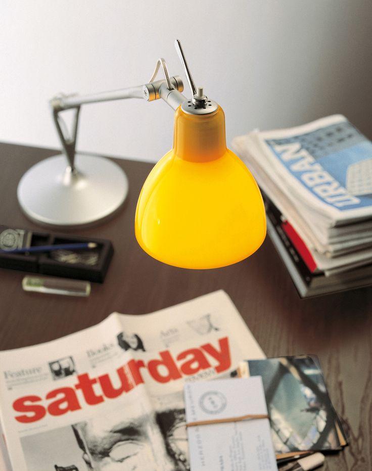 #Rotaliana #Luxy #Bordlampe -Alu skærm med #gul glas