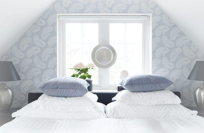 Inred ditt sovrum med mönster och färg - Sköna hem: 5 Bedrooms Boudoirs, Feng Shui, Bedroom Decor, Inspiration, Attic Bedrooms, Guest Bedrooms, Decorating Ideas, Inredning Sovrum