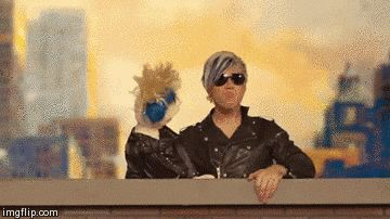 Rollin up to a party with your bestie… looking gooood! | Community Post: 19 Perfectly Relatable GIFs From The Marianas Trench Here's To The Zeros Music Video