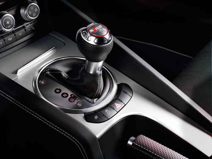Engage a gear #AudiRS