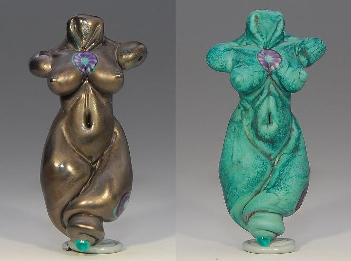 Fantastic example Effetre Neptune goddess bead by Joy Munshower. Before and after etching