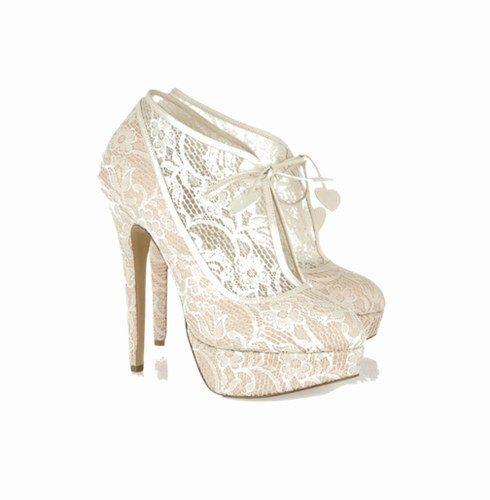 Scarpe in #pizzo Charlotte Olympia  #tacchi
