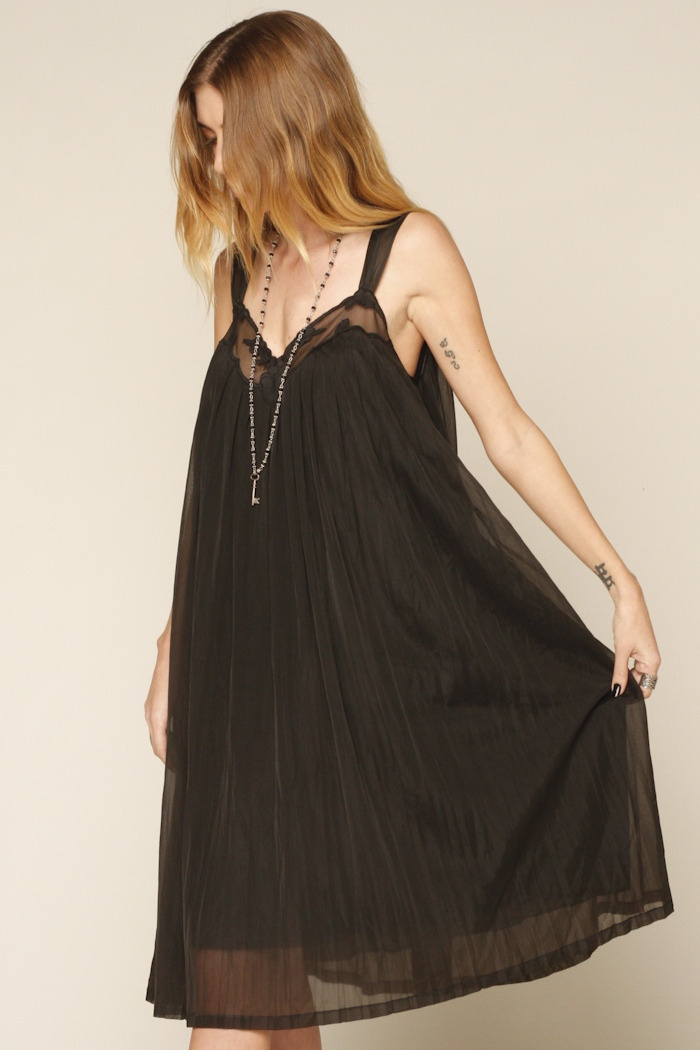 1960's Style Night Gown in Black.