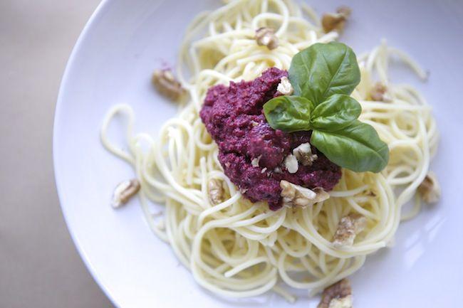 Schnelles Mittagessen Rote Bete Pesto