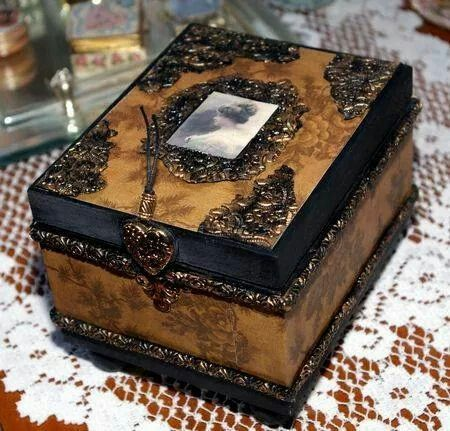 8 best Cigar boxes images on Pinterest Bricolage Cigar box crafts