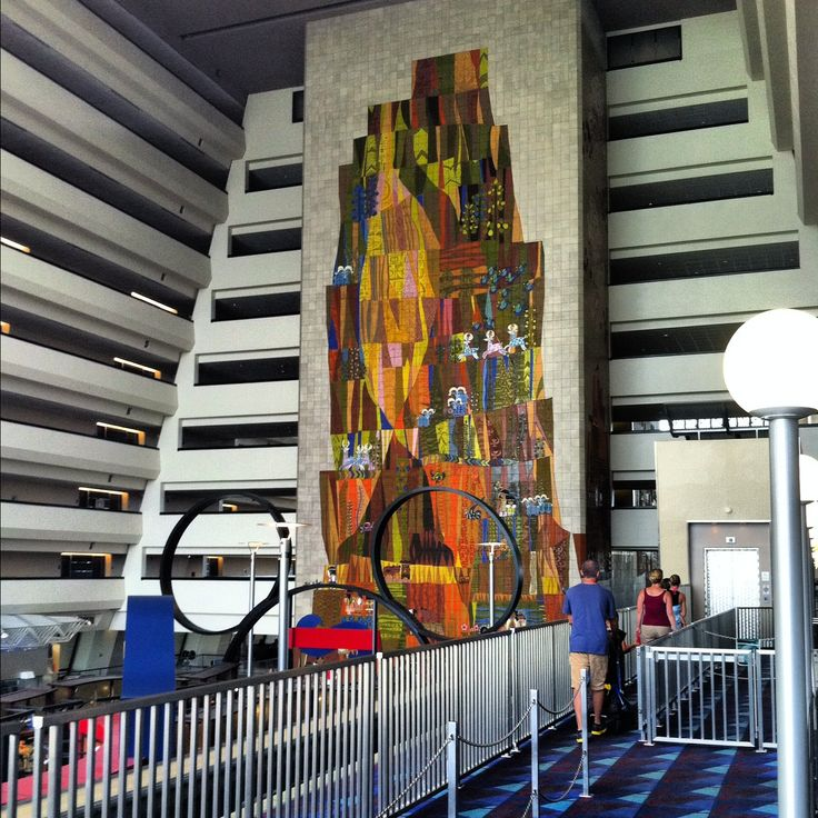 Contemporary resort walt disney world sleeping in walt for Contemporary resort mural