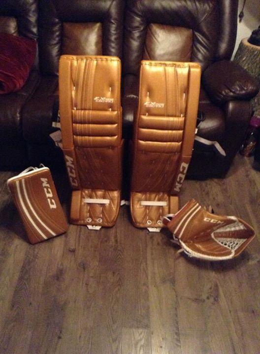Ccm Extreme Flex Pro Custom Goalie Pads And Gloves Made
