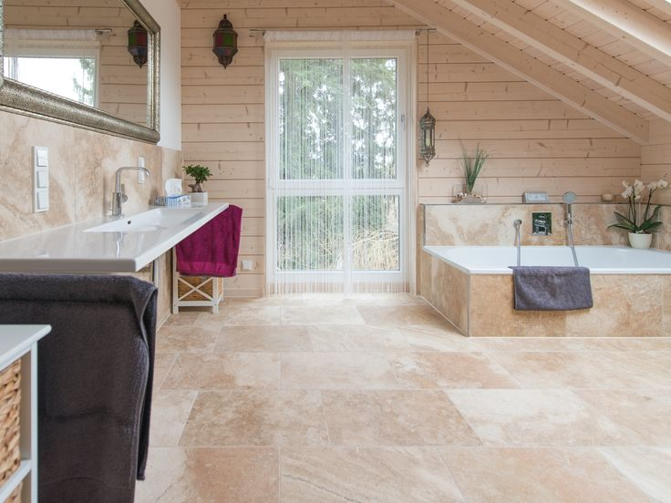 mit naturstein wird aus einem badezimmer eine wohlf hl. Black Bedroom Furniture Sets. Home Design Ideas