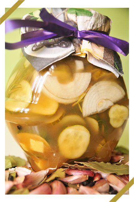Imbirowa sałatka z ogórków