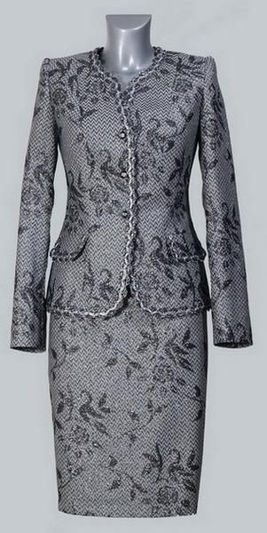 Женский юбочный костюм с болеро