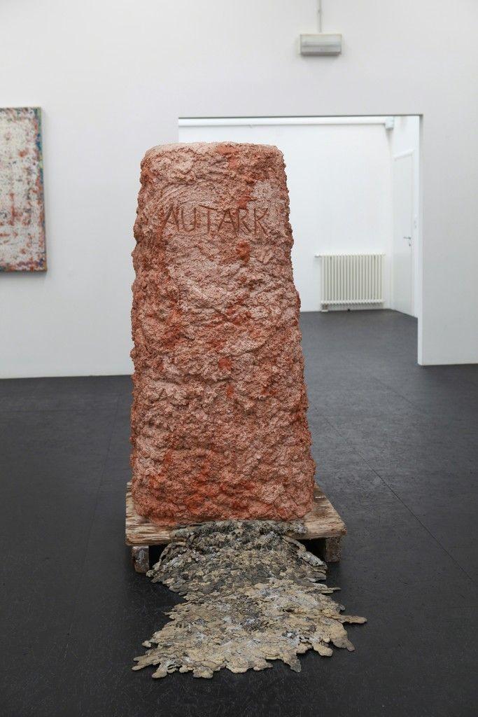 Aron Demetz, Autark, 2016  @ Galleria Doris Ghetta installation view AUTARK. Aron Demetz - Robert Pan