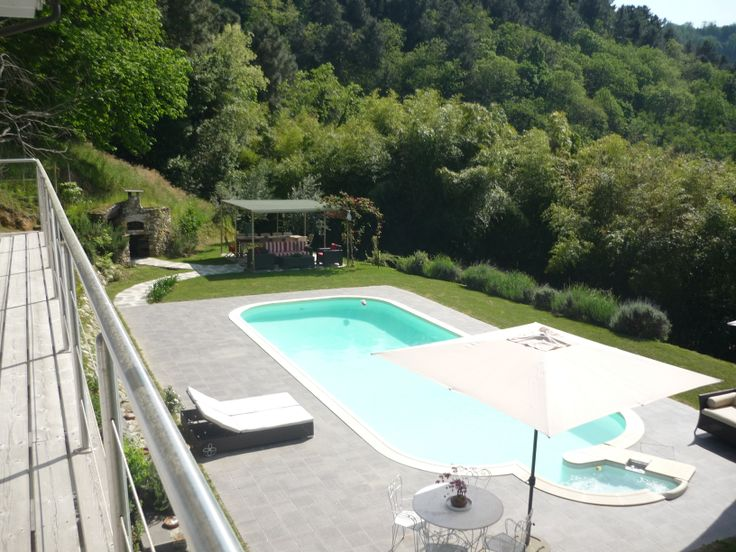 #villawithswimmingpool  in the #Versiliahill
