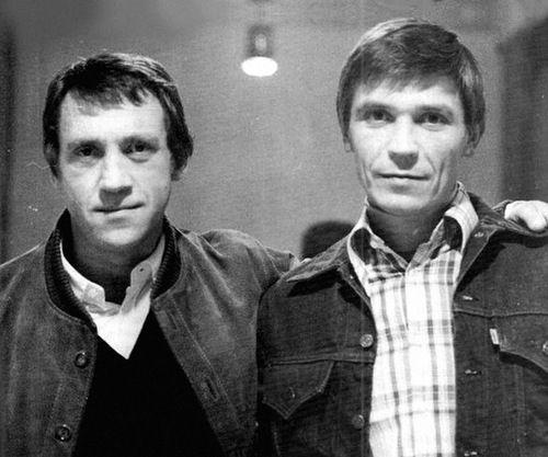 Владимир Высоцкий и Иван Бортник на 60-летии Юрия Любимова в театре на Таганке. Фото Александра Стернина, 30 сентября 1977 года