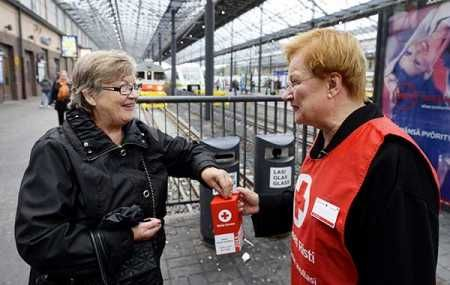 Former President Tarja Halonen (right.) Took part in the Finnish Red…
