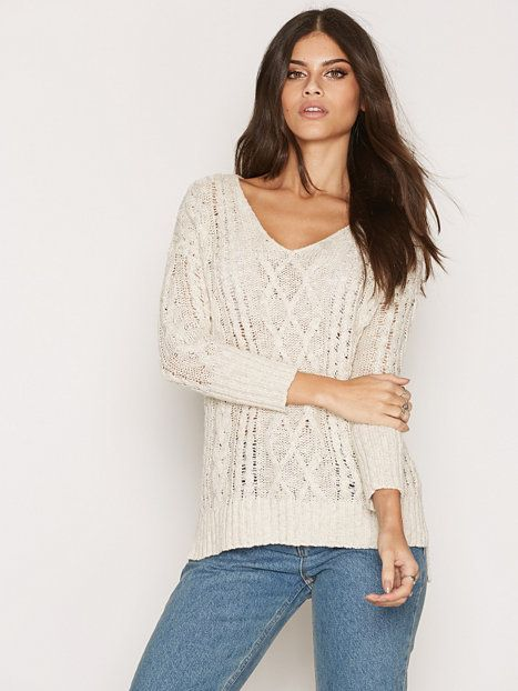 Long Sleeve Cable Sweater