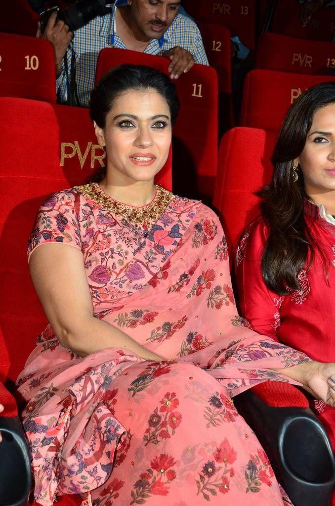 bollywoodmirchitadka: Kajol In Red Saree At VIP 2 Press Meet At Hyderaba...