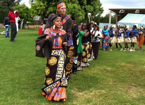 Pictures of NBA player Dirk Nowitzki and Kenyan wife marrying in traditional Kikuyu garments emerge