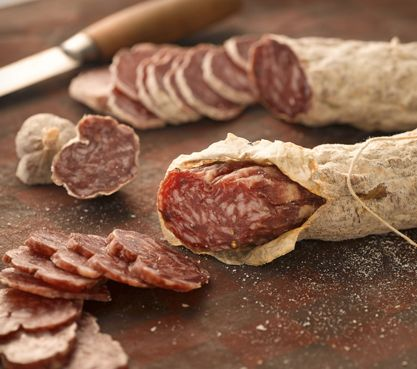 Napoli Salame is smoked over applewood giving it a complex, hearty flavor traditional to the smoked salame from Naples.