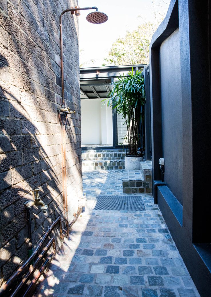 Our customer installed a contemporary shower above our Bonza Cobblestones! What are your thoughts? Visit our website to learn the various characteristics of each stone and receive individual assistance in choosing just the right product to beautify your home and garden.  http://www.armstone.com.au/products/cobblestones