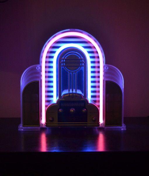vintage marilyn radio neon
