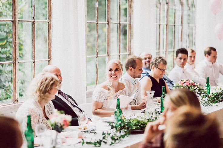 bröllopsklänning, bröllopstårta, bröllopsinbjudan, bröllopsdukning, bröllopsfrisyr, wedding dresses, wedding ideas, bröllopsfotograf, bröllopsfotografer, bröllopsfoto, porträtt bröllop, fotograf bröllop, bröllop foto