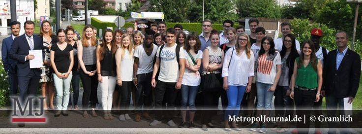 (NBG-Land) Abschlussfahrt der AZUBI-Akademie in den bayrischen Landtag - http://metropoljournal.de/?p=9187
