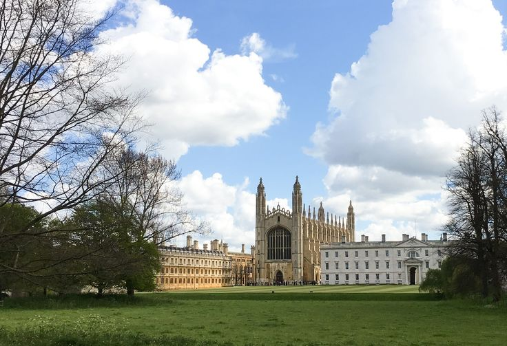 When you try to explain the University of Cambridge's college system to people from the U.S., they usually get a confused look on their face. Most Americans are used to a system where the university affiliation is primary, i.e., I go to the University of Southern California versus I go to the Marsha