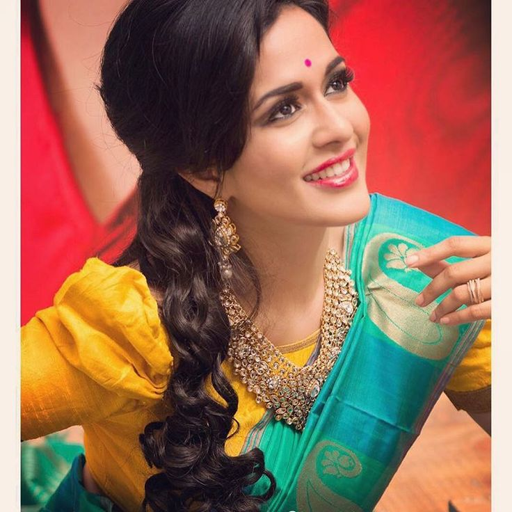 """""""Make up and hair by TOUCHMAKEOVER STUDIO  Shot by @loganathan_07 #xoxo #happiness #lovelife"""""""