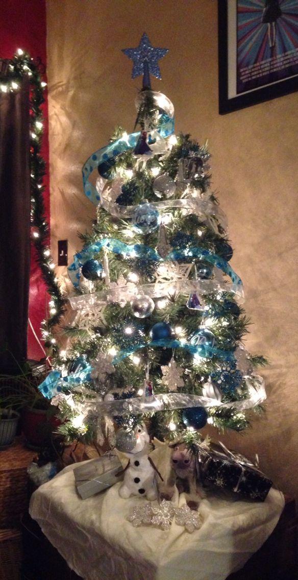 The 25+ best Frozen christmas tree ideas on Pinterest | Frozen ...