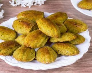 Madeleines allégées coco, curry et poulet : http://www.fourchette-et-bikini.fr/recettes/recettes-minceur/madeleines-allegees-coco-curry-et-poulet.html