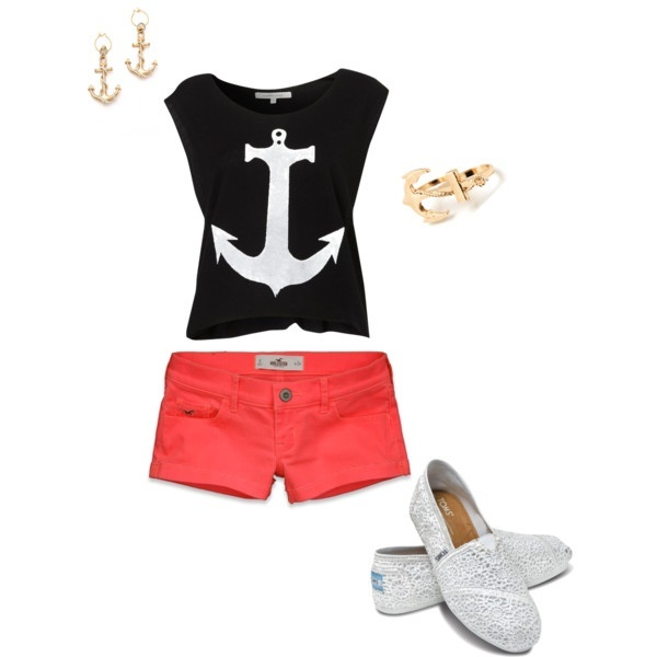 Anchor outfit so cute. Except,the shorts i would like a maxi skirt with this.