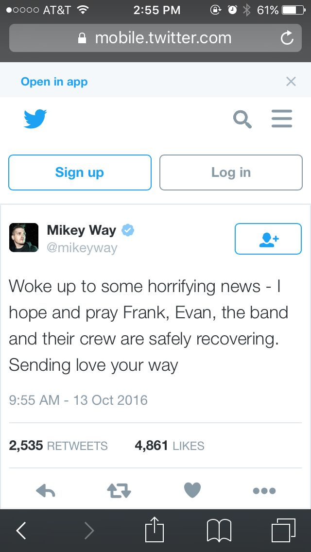 Ya Frank got in a car crash during his FRANK IERO andthe PATIENCE tour it's really upsetting, I hope he recovers