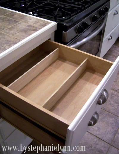 Best 25 silverware drawer organizer ideas on pinterest for Silverware storage no drawers