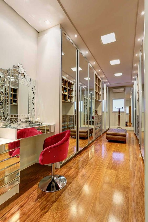 1000 ideias sobre casa estreito no pinterest plantas de for Modelos de zapateras para closets