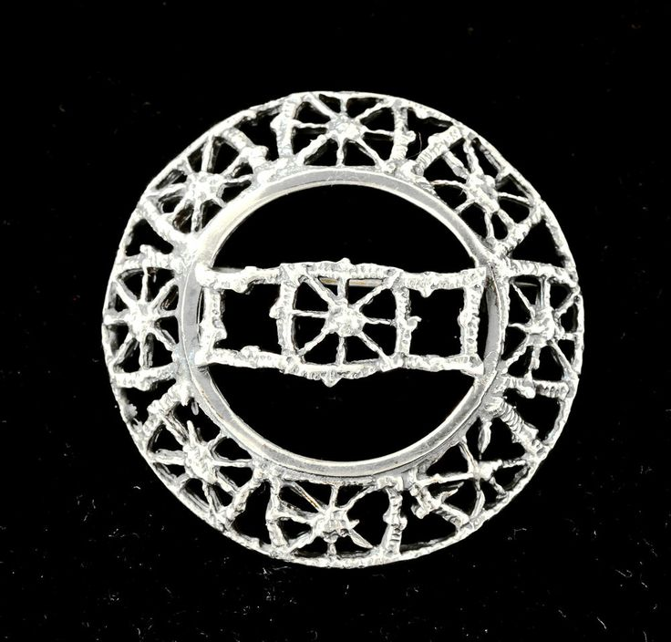 "Pentti Sarpaneva for Turun Hopea, vintage ""Pitsi"" (Lace) silver brooch, 1967. #Finland"